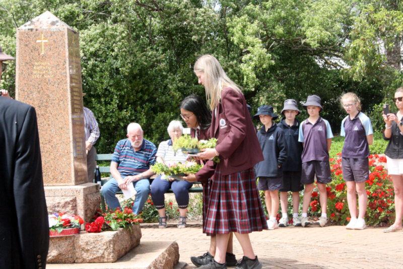 Remembrance Day 2020 - EAS Captains Katrina Manguera & Olivia Schiller lay a wreath